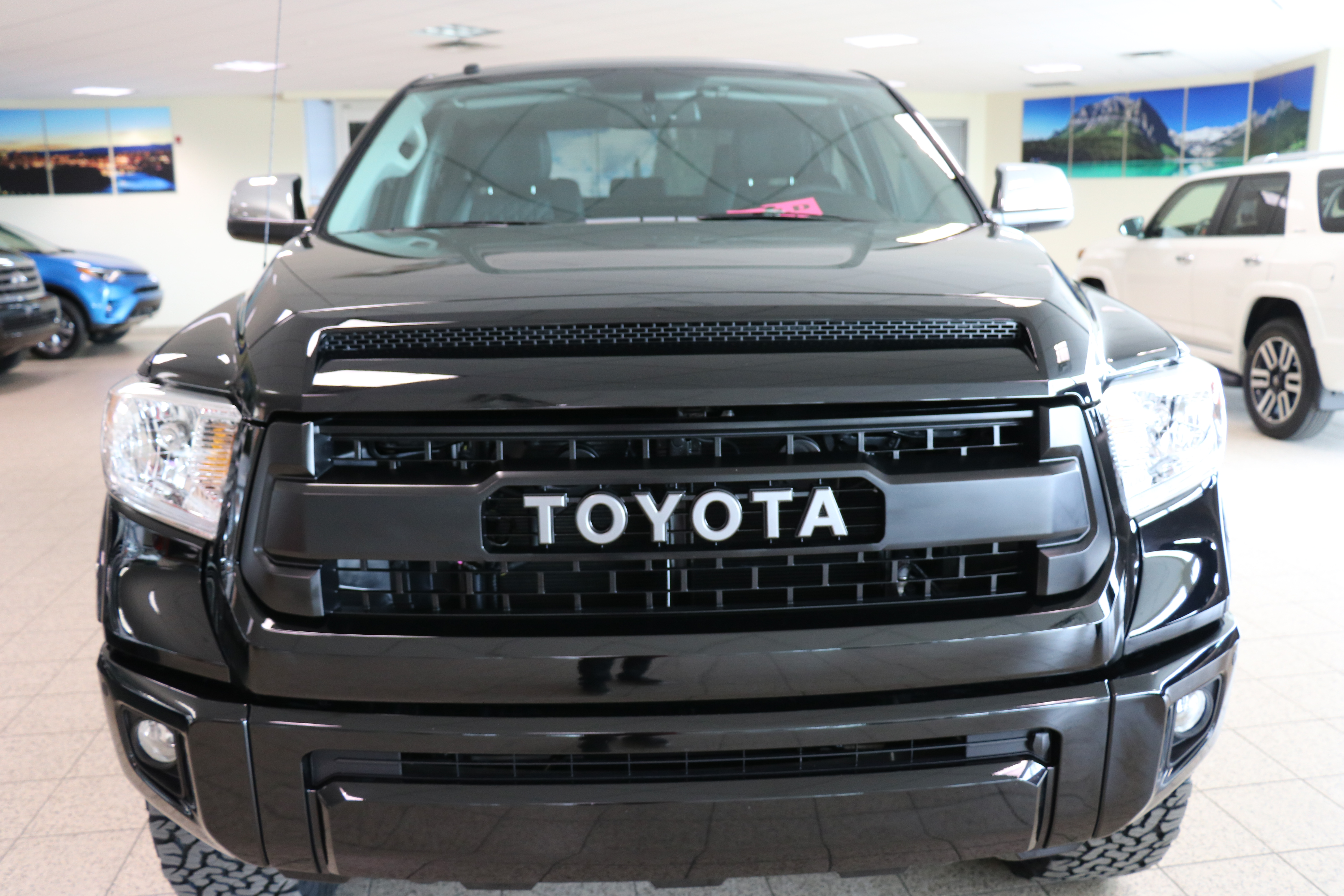 Southpointe Custom Trucks2016 Tundra Black Lifted With
